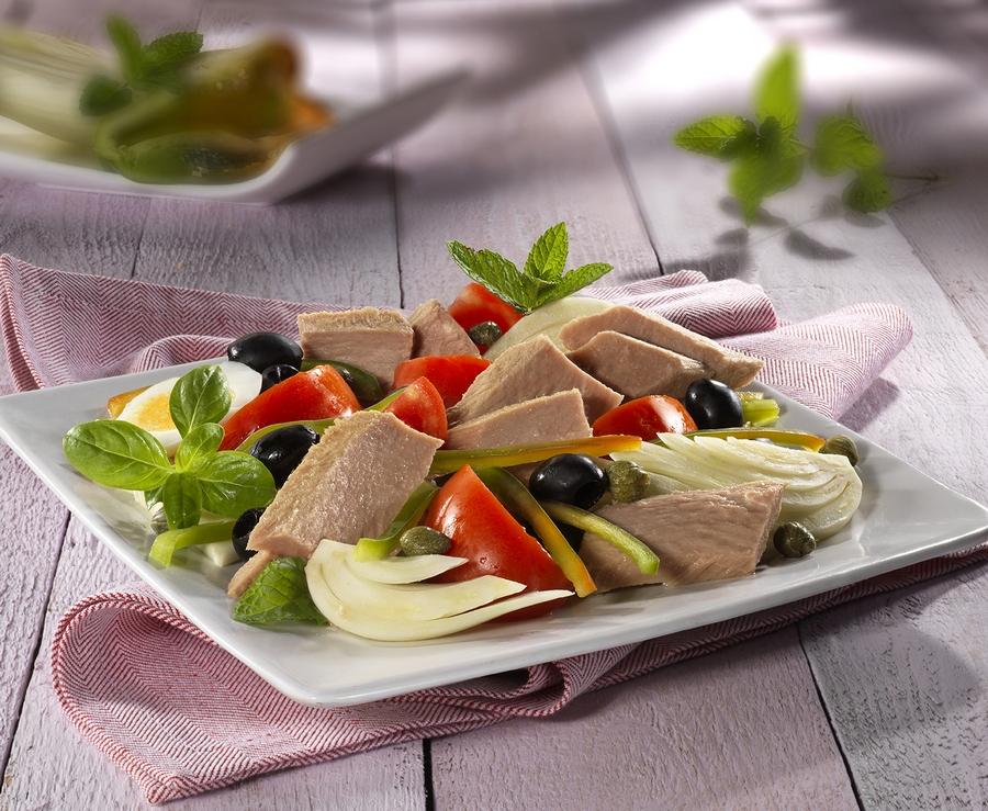 insalata croccante al tonno